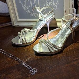 Sliver rhinestone open toe Fancy wedding heel shoe